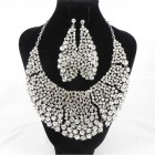 511180 Clear in Silver Necklace Set
