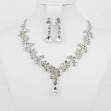 511181Silver Necklace Set