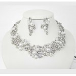 511209-101 Classique Necklace Pearls Set & Ring