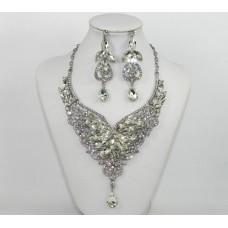 511268-101 Crystal Necklace Set
