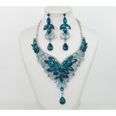 511268-113 Blue Zirconia Necklace Set