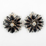 512372-202 Black Flower with crystal in Rose Gold Earring