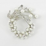 515076-101 Pearl and Crystal in Silver Brooch