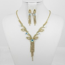 591372 Clear AB in Gold Necklace Set