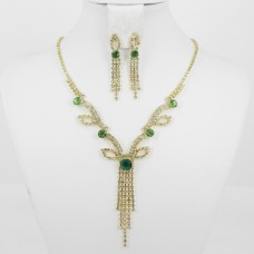 591372 Green in Gold Necklace Set
