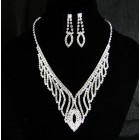 591501-101 Silver Necklace Set