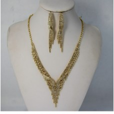 591510-201 Rhinestone Necklace Set in Gold