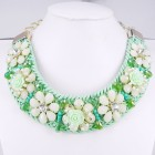 891026-106 Green Beads Flower Necklace