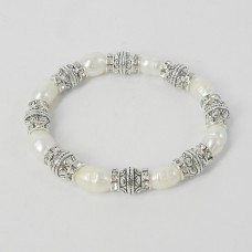 893068 Fresh Water  Pearl Bracelet