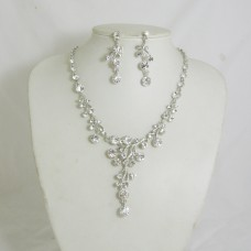 511153-101 Crystal Silver Necklace Set