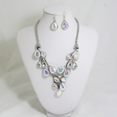 511154-101AB  Clear Necklace Set in Silver