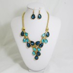 511154 blue in gold necklace