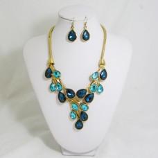 511154-213  blue Zir.  in gold necklace