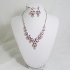 511160 pink  necklace