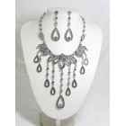 511084-102 Black Necklace Set in Silver