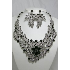 511123 Black Crystal Necklace in Silver