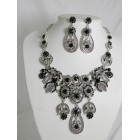 511127-102 Black Necklace Set in Silver
